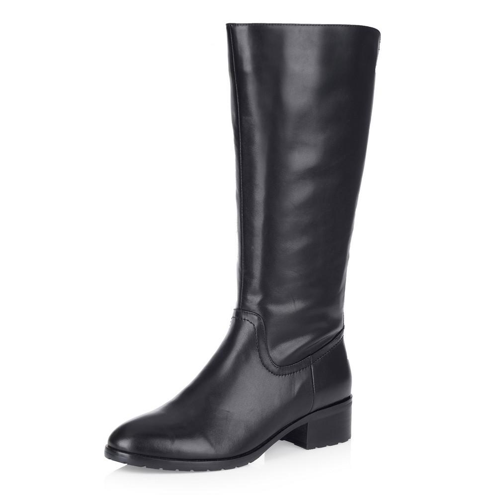 Черные кожаные сапоги с широким голенищем