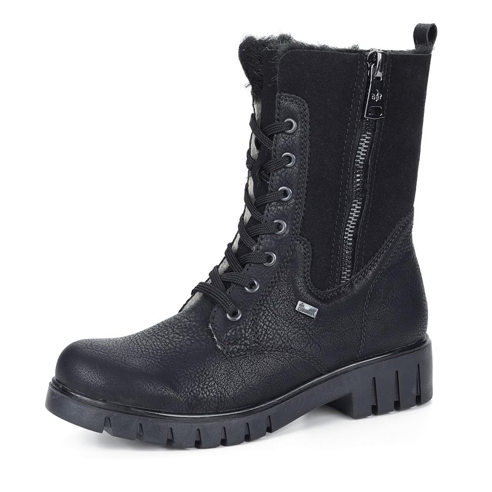 Черные ботинки на высокой шнуровке