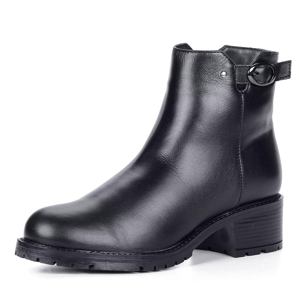 Черные ботинки из кожи на тракторной подошве