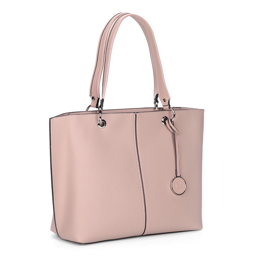 Розовая вместительная сумка с брелоком фото