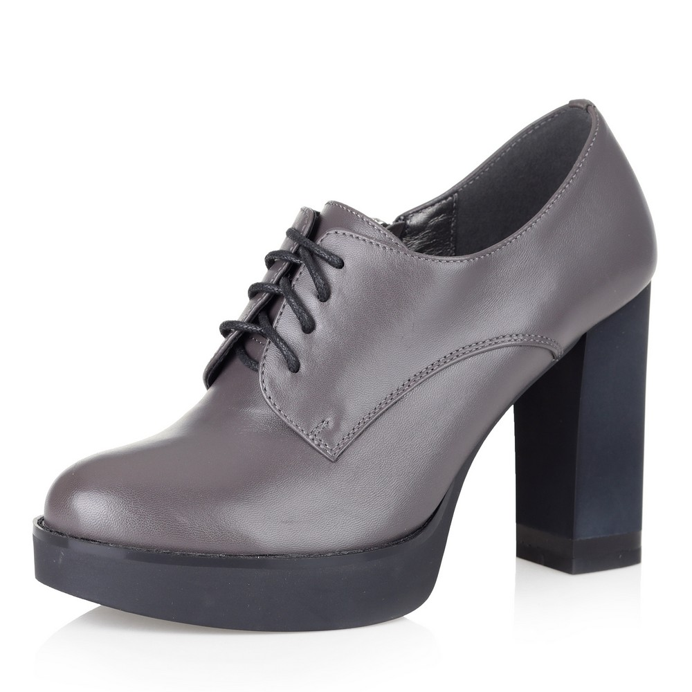Туфли на шнуровке на высоком каблуке