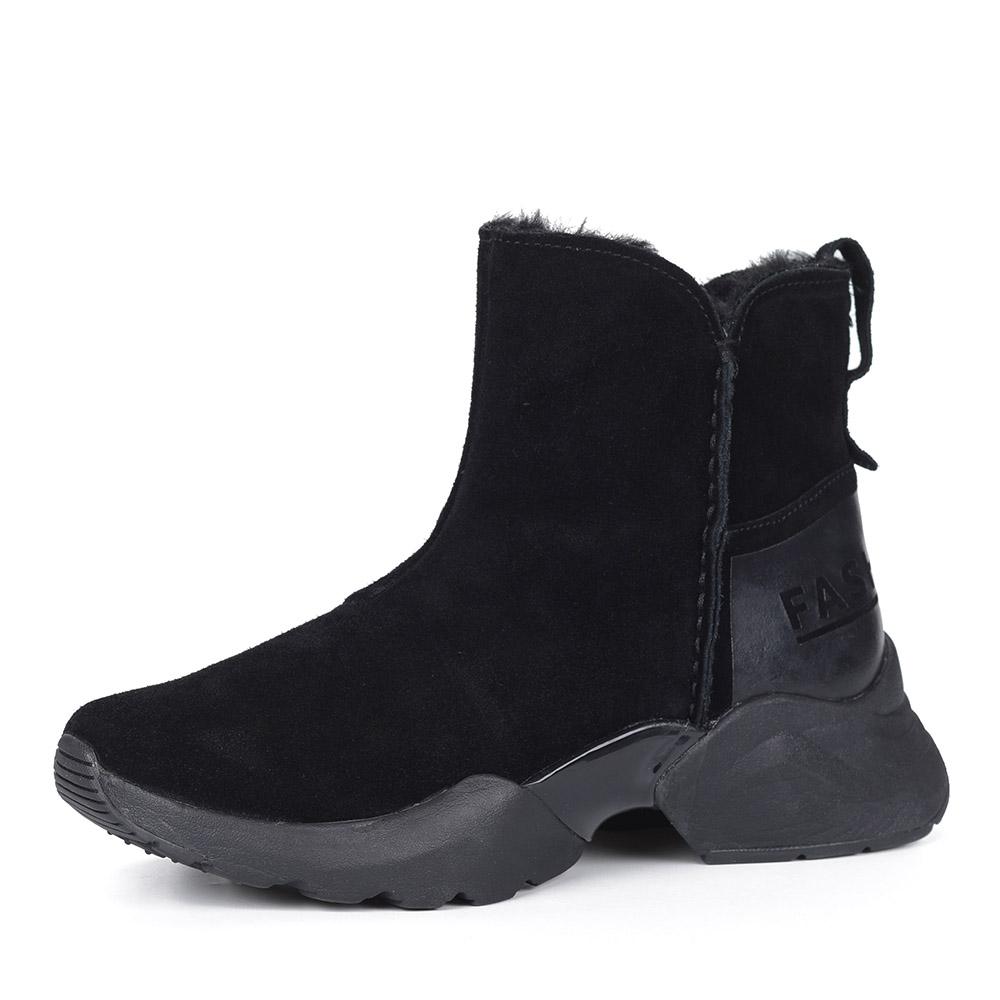 Черные велюровые ботинки на утолщенной подошве