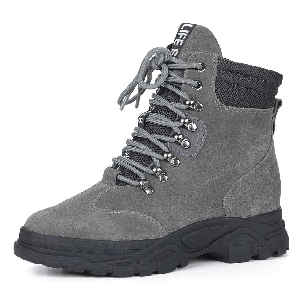 Болотные велюровые ботинки на массивной подошве