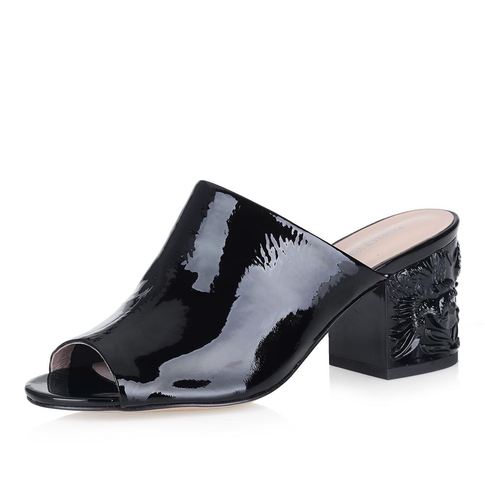Купить со скидкой Мюли на фигурном каблуке в черном цвете