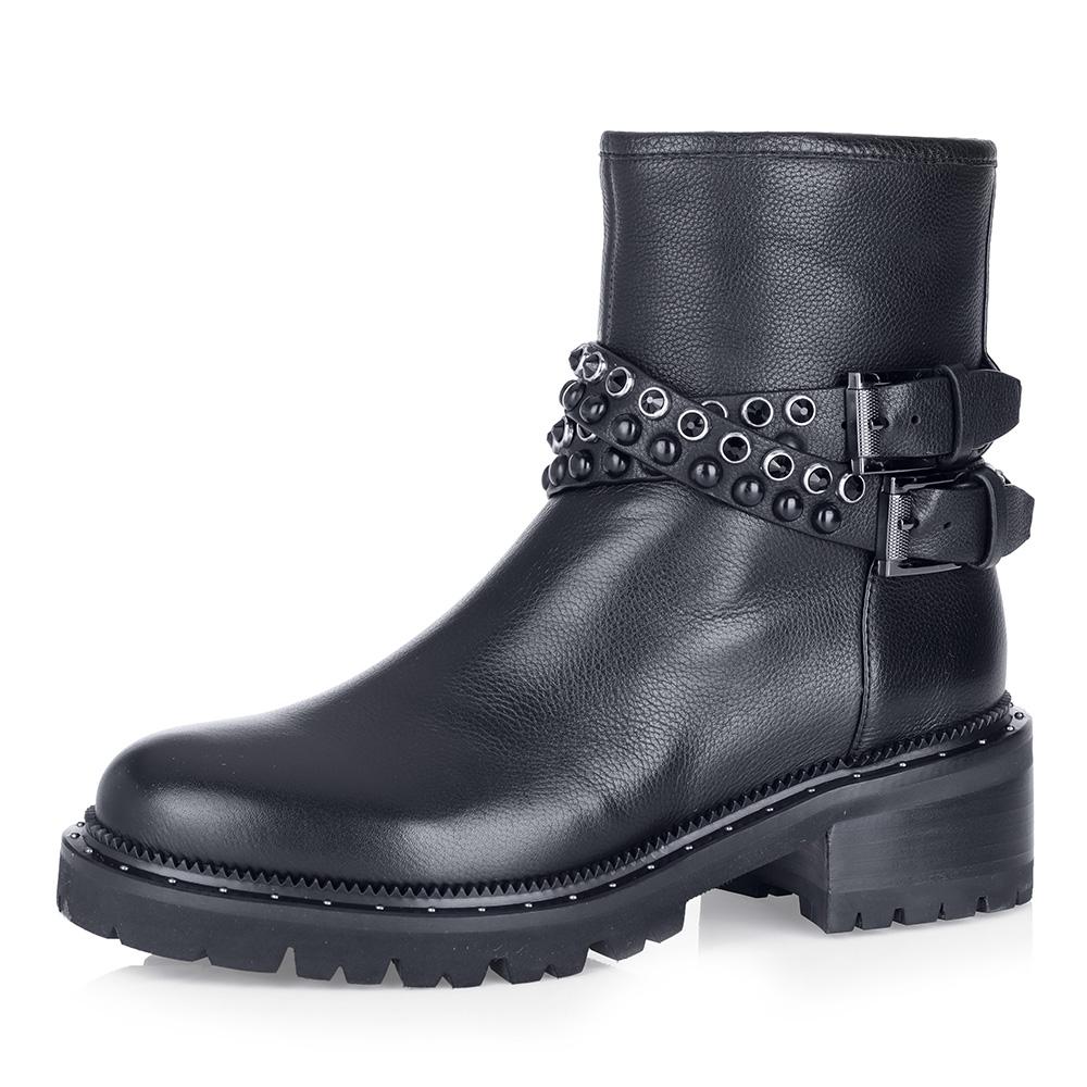 Купить со скидкой Черные ботинки на массивной подошве