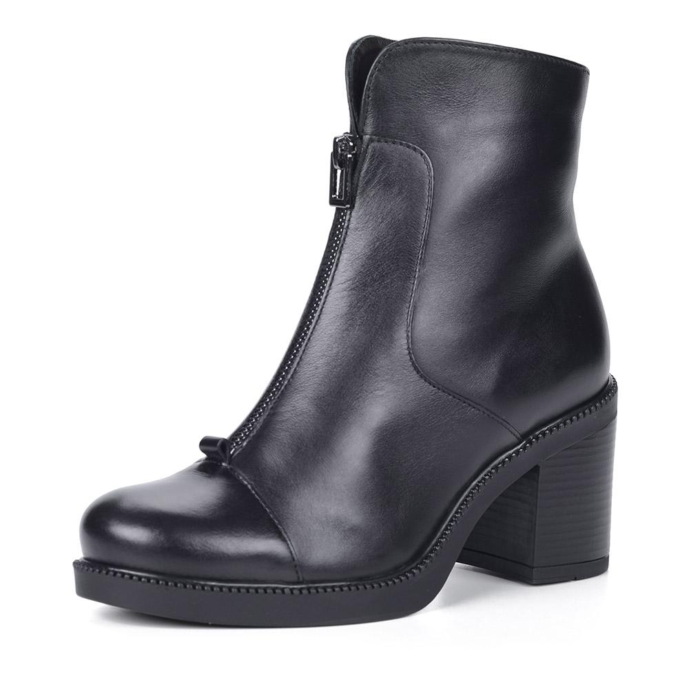 Черные ботинки из кожи на каблуке