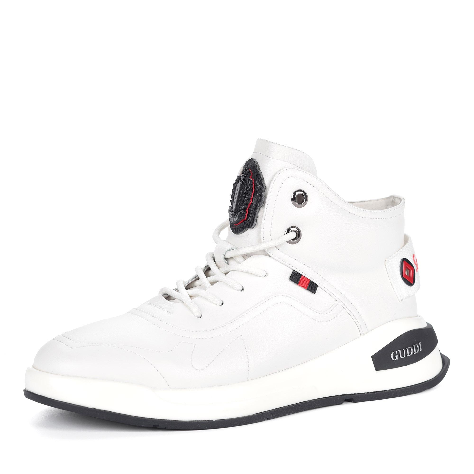 Белые кроссовки из кожи на шнуровке0