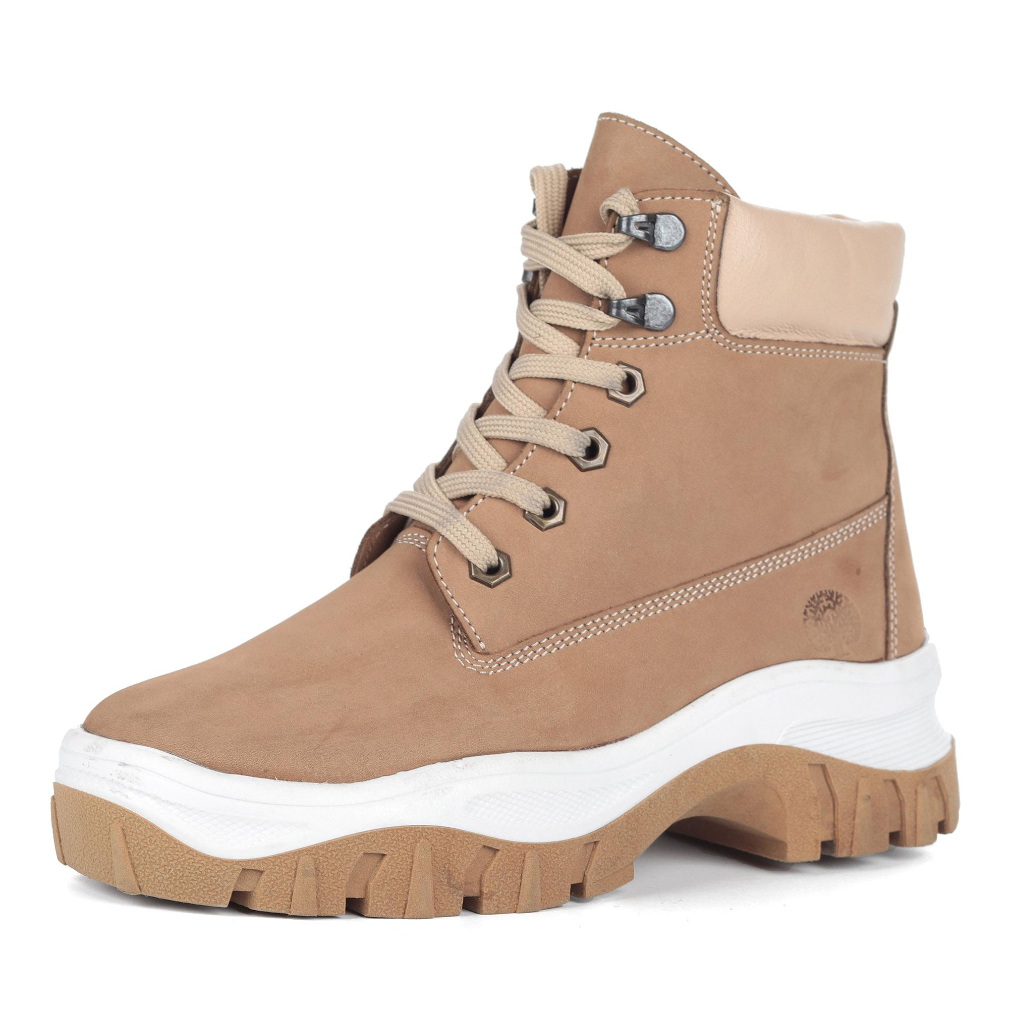 Бежевые ботинки из нубука на утолщенной подошве