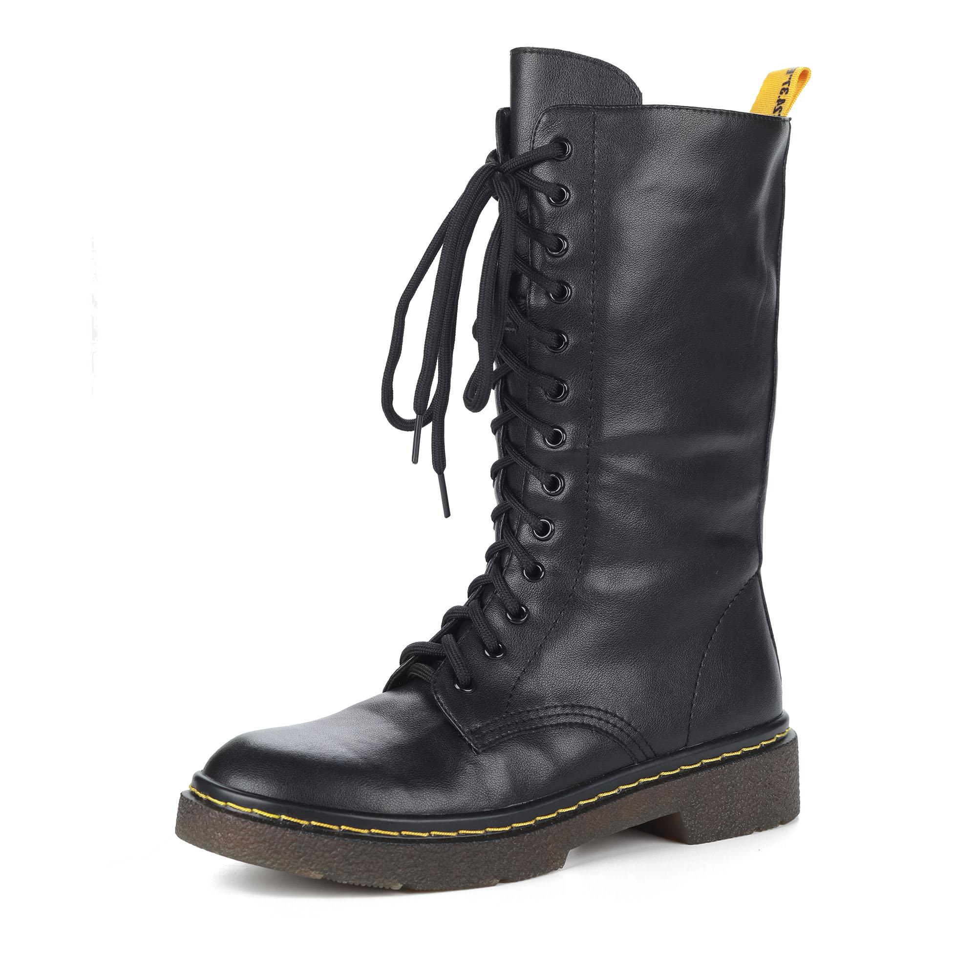 Черные полусапоги из кожи на шнуровке