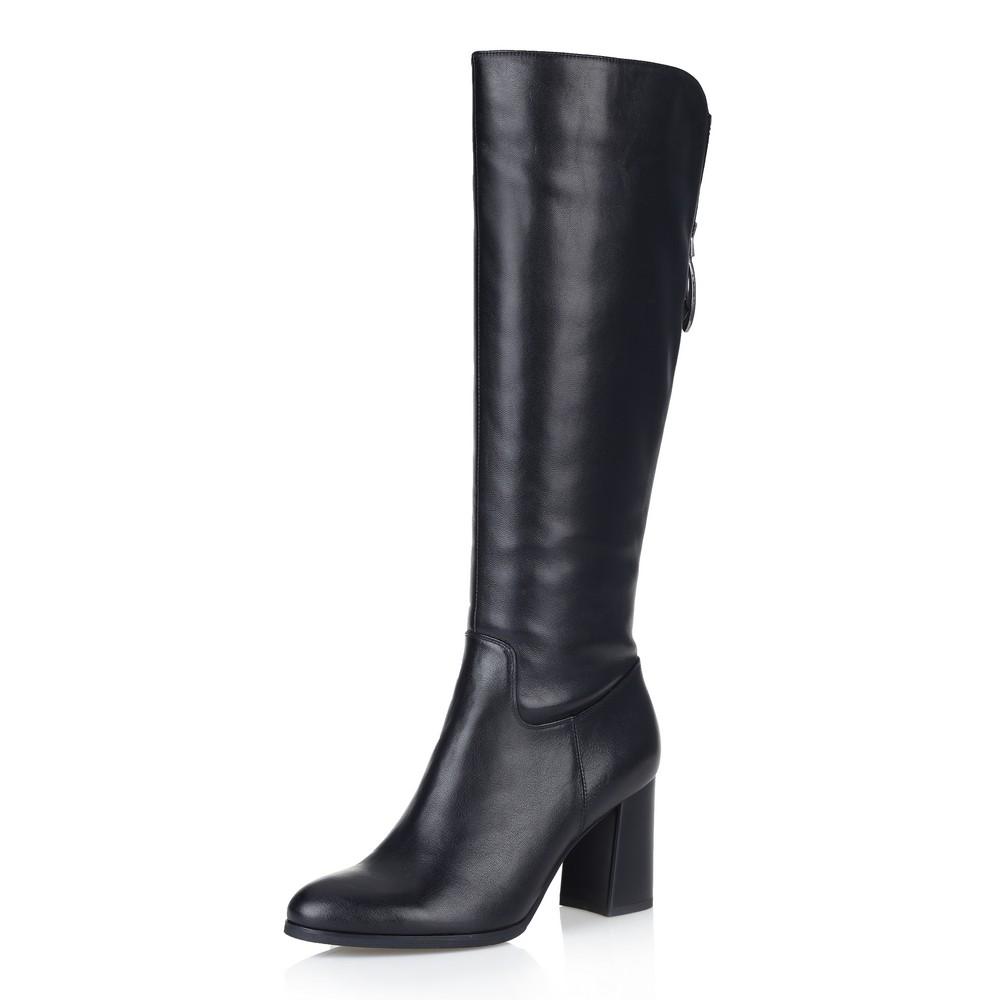 Купить со скидкой Черные сапоги на высоком скошенном каблуке