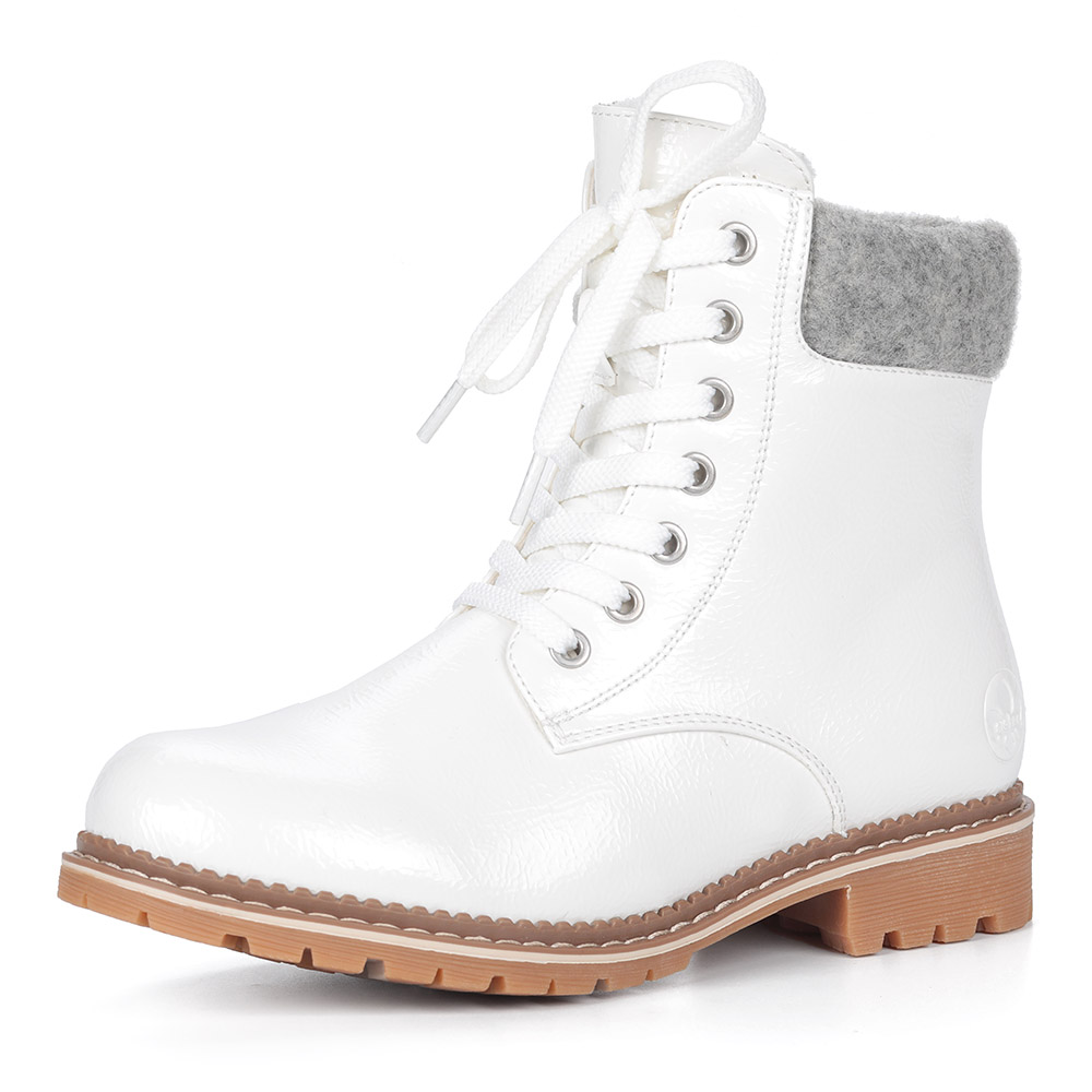Белые ботинки из эко кожи на шнуровке