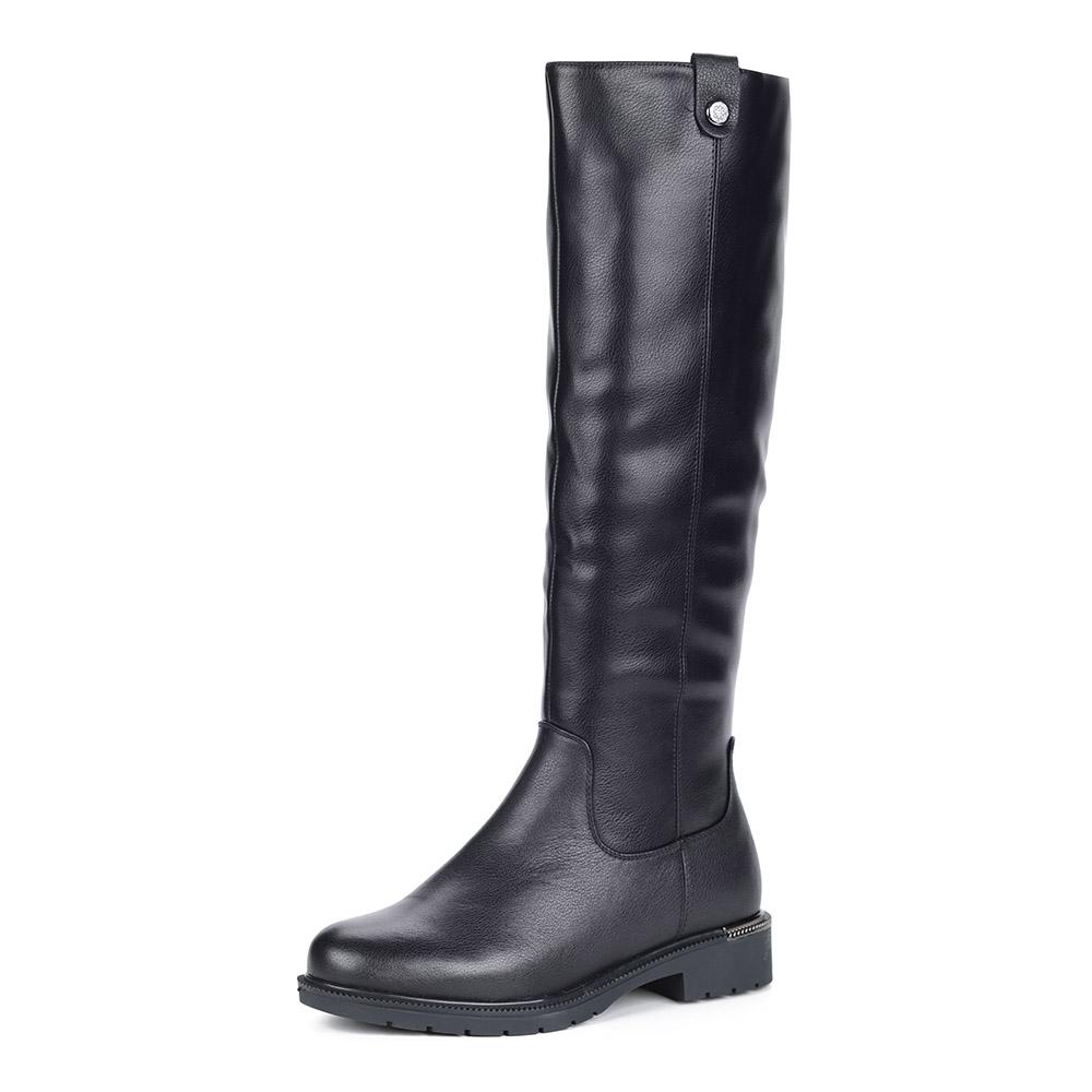 Черные кожаные сапоги на утолщенной подошве