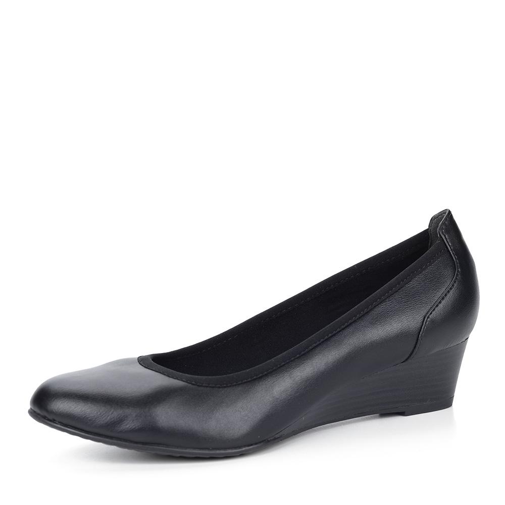 Черные комфортные туфли на танкетке от Tamaris