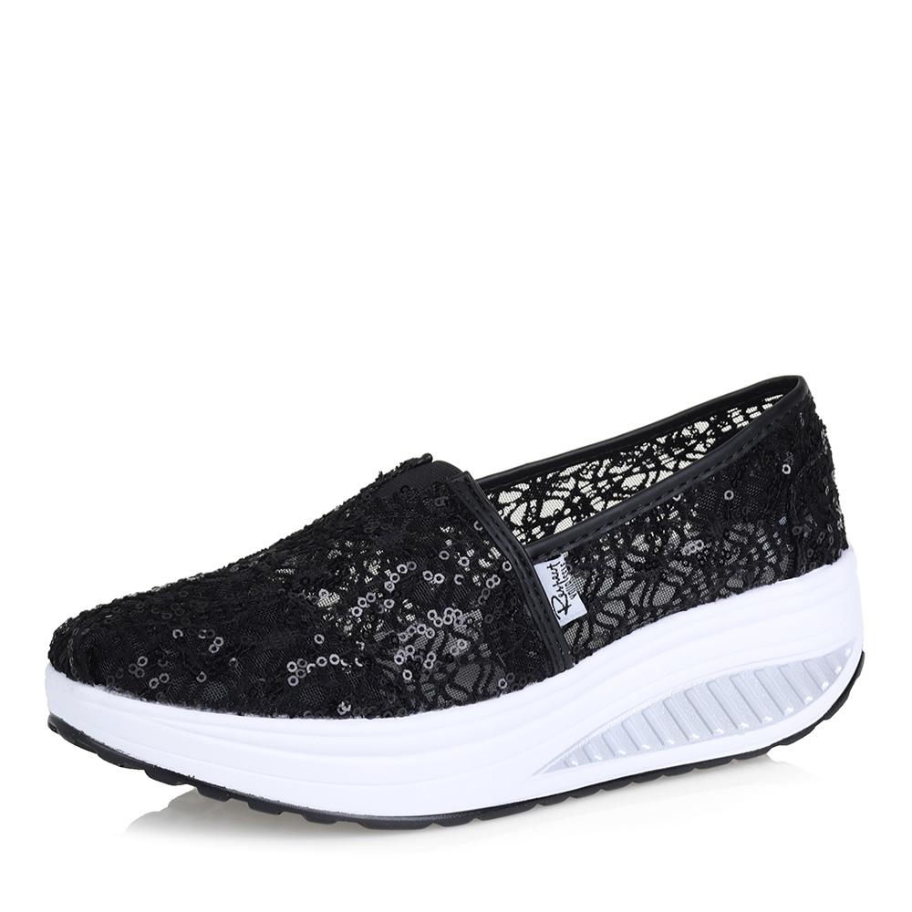 Черные туфли на утолщенной подошве