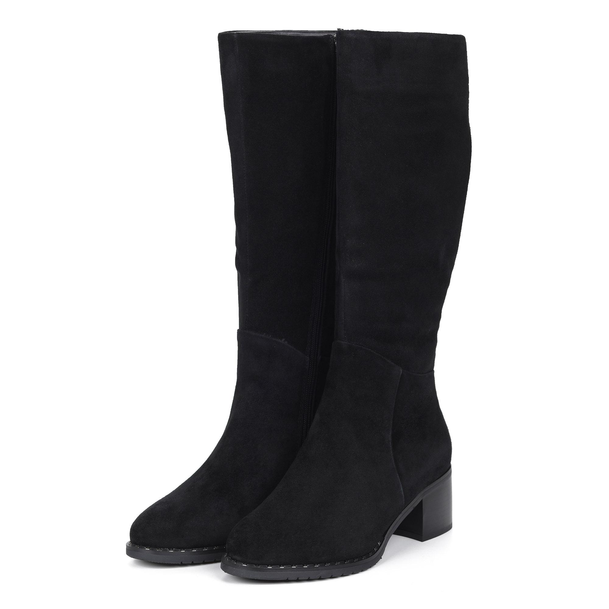 Черные велюровые сапоги на устойчивом каблуке