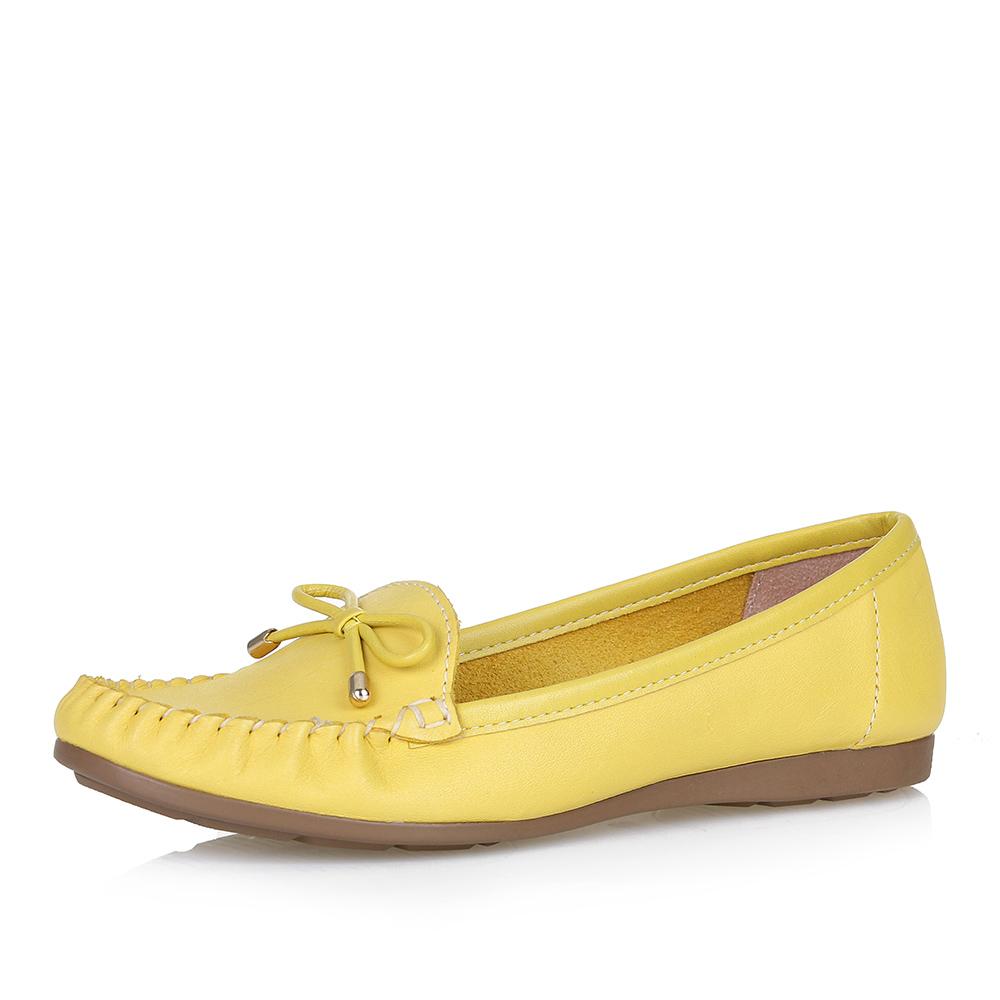 Классические мокасины в желтом цвете