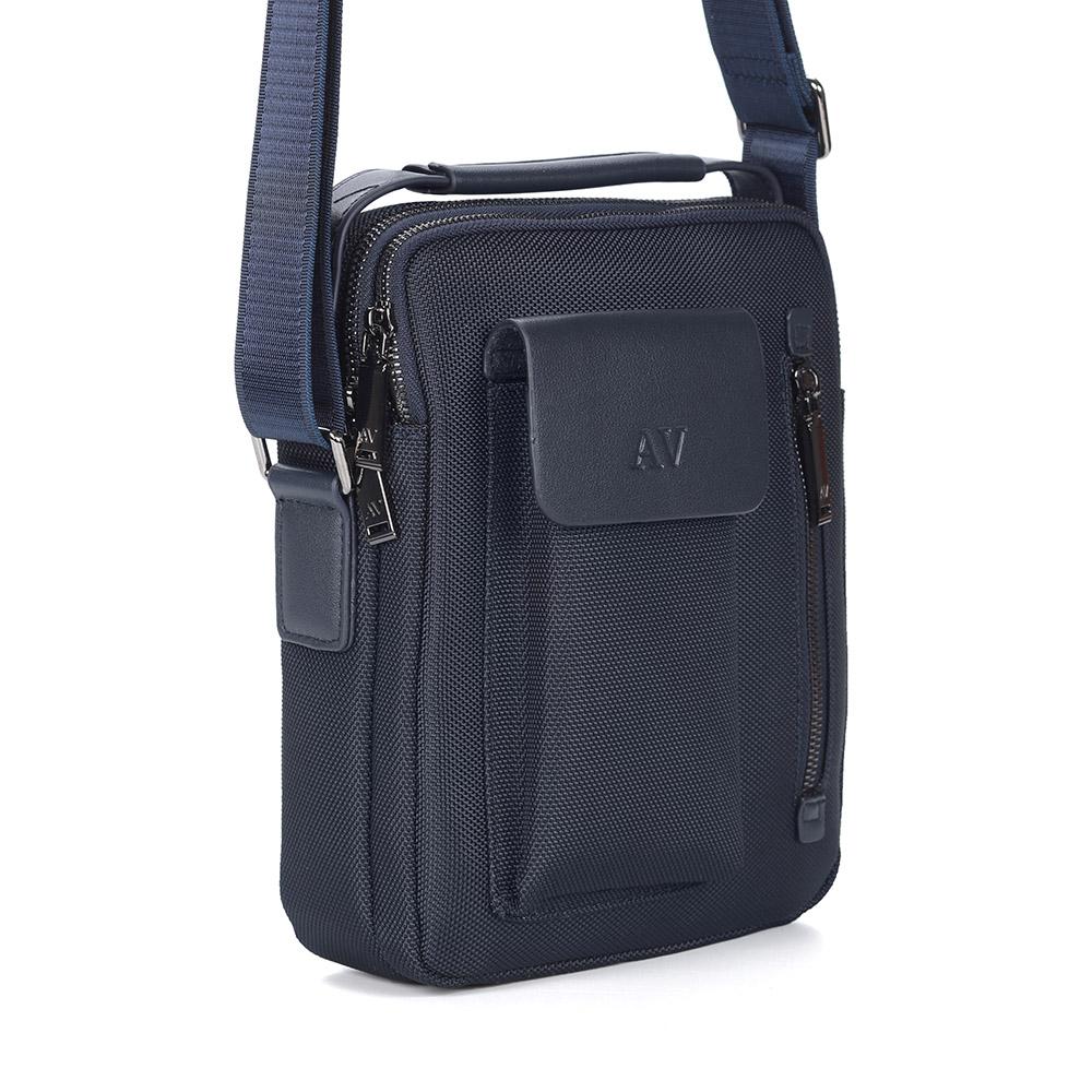 Синяя сумка на плечо из кожи