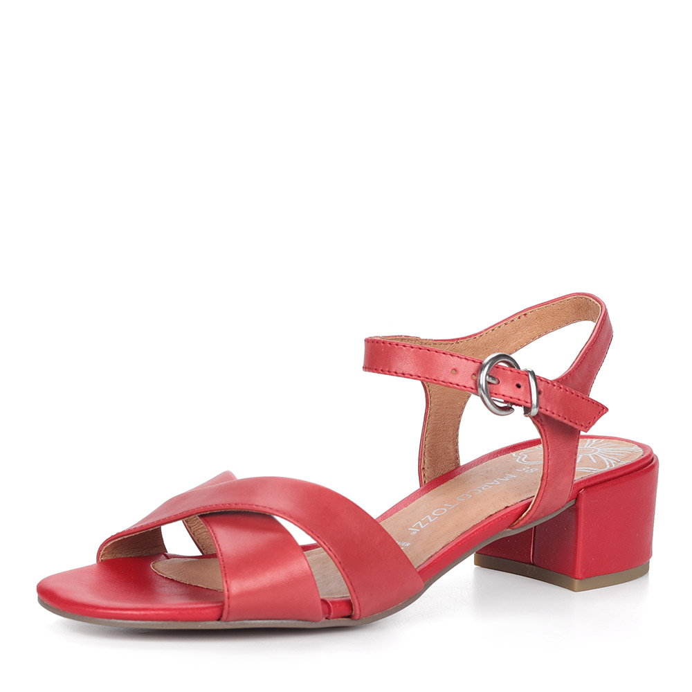 Красные босоножки на устойчивом каблуке фото
