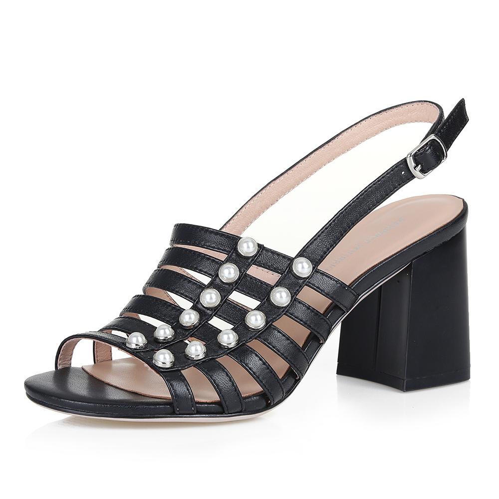 Босоножки с жемчужинами на устойчивом каблуке фото
