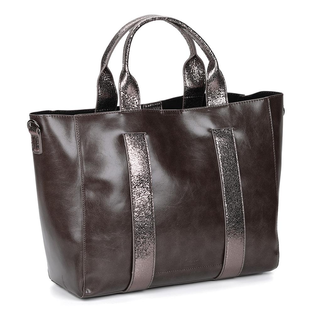 Вместительная сумка коричнего цвета с металлическим отливом фото