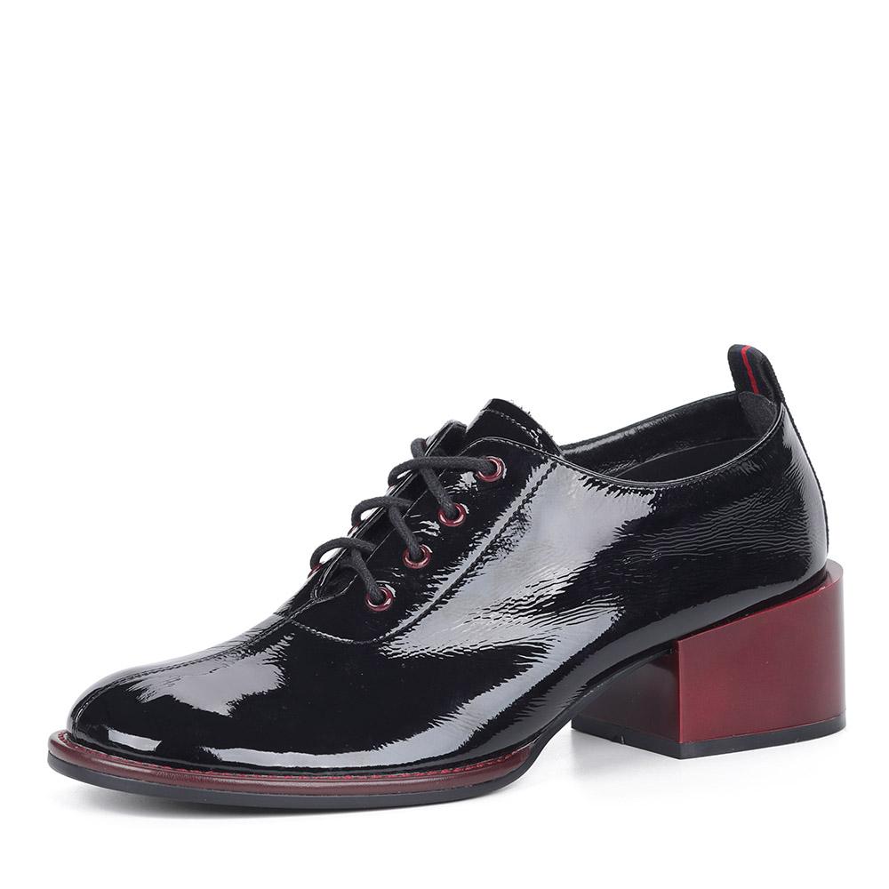 Черные лаковые туфли на устойчивом каблуке