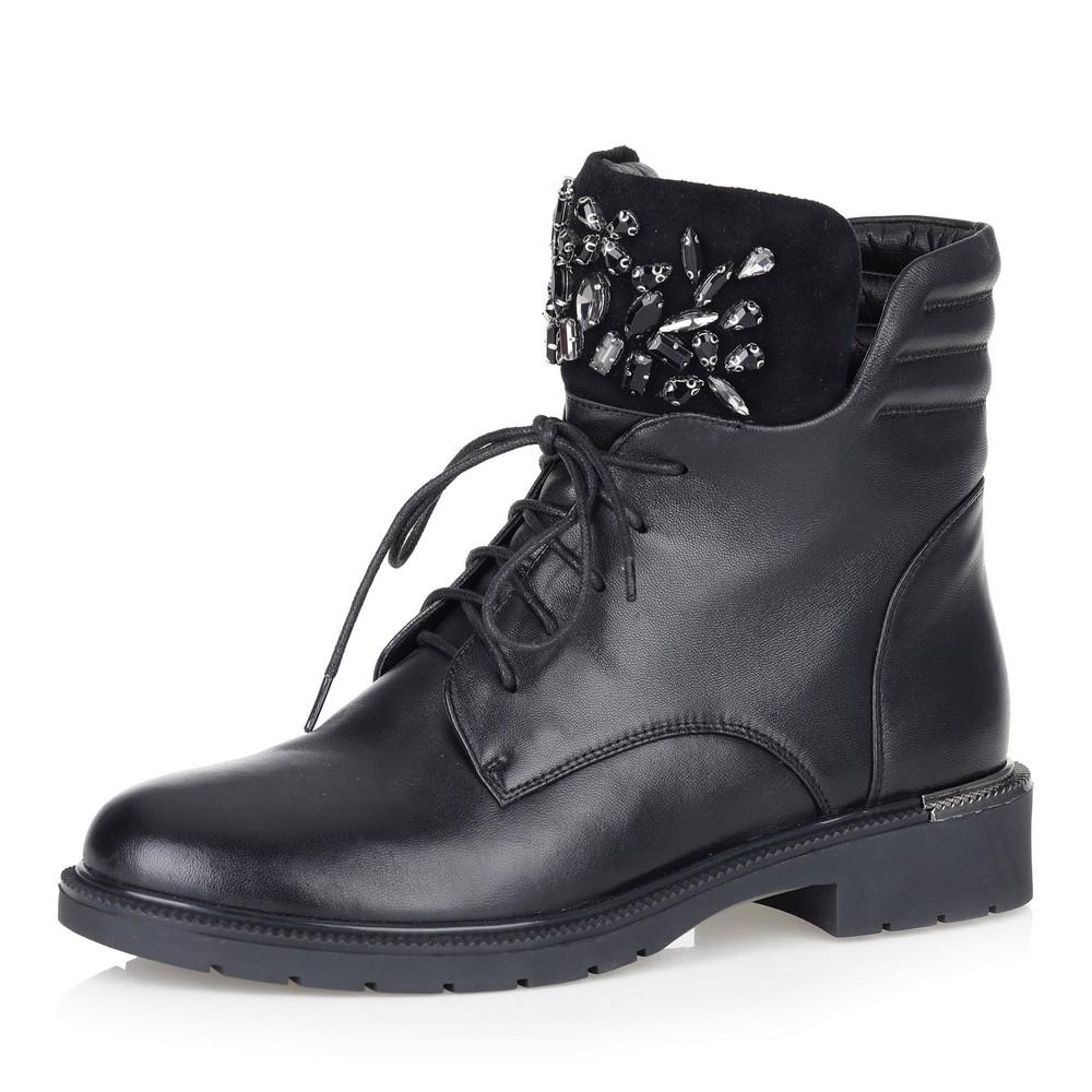 Черные ботинки с декором