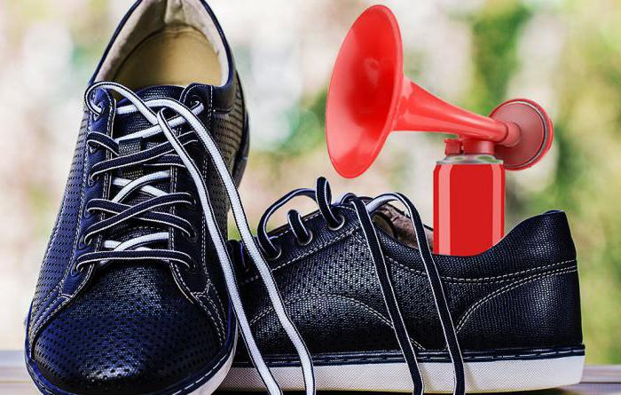 Как избавиться от скрипа обуви